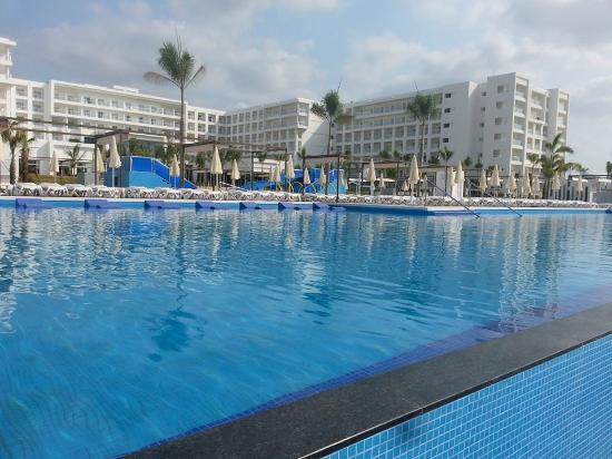 playas senior singles Playa paraiso singles resorts: find 28,951 traveller reviews, candid photos, and the top ranked singles resorts in playa paraiso on tripadvisor.