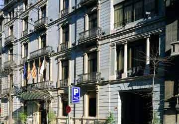 Reviews For Hcc St Moritz Barcelona Spain Monarc Ca