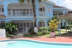 Reviews For Beachcomber Club Resort